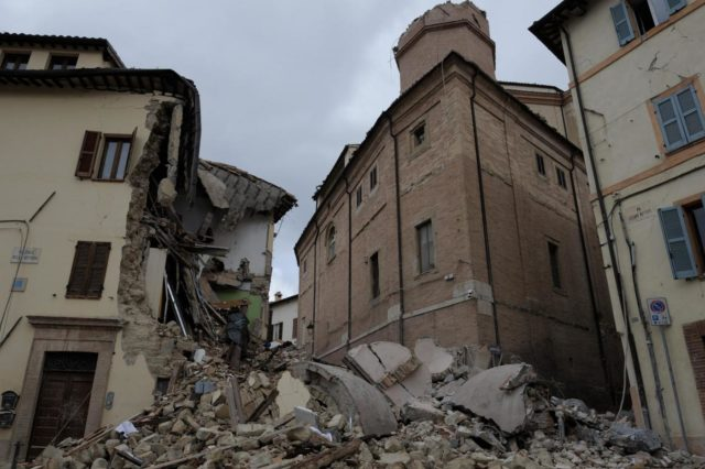 Foto Angelo Emma-LaPresse28-10-2016 Camerino (MC) ItaliacronacaI danni provocati dal sisma del 26 ottobre a CamerinoPhoto Angelo Emma-LaPresse28-10-2016 Camerino (MC) ItalynewsCamerino wasted by earthquake of 26 october